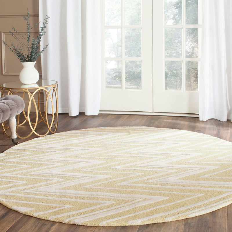 Safavieh Rugs Cambridge CAM711L Light Gold | Ivory