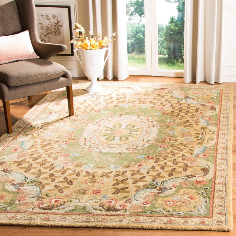 Safavieh Rugs Classic CL304D Toupe | Light Green