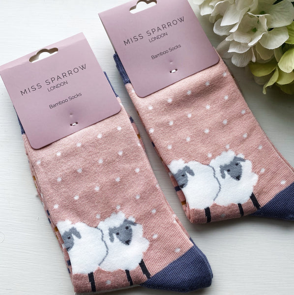 GORGEOUS BAMBOO SHEEP SOCKS