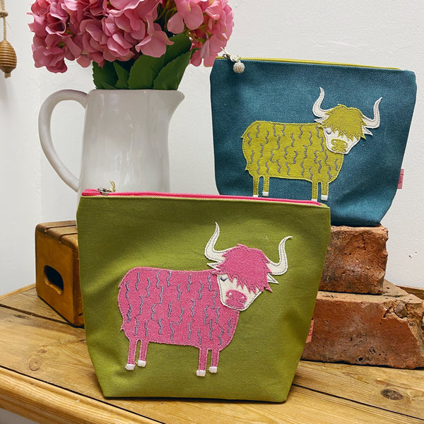 LINEN HIGHLAND COW EMBROIDERED BAG - COLOURS AVAILABLE