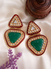 Load image into Gallery viewer, Classic Kundan Earrings - Green