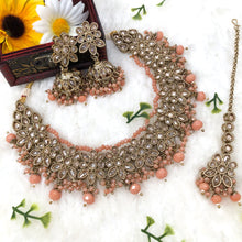 Load image into Gallery viewer, Polki Necklace Set