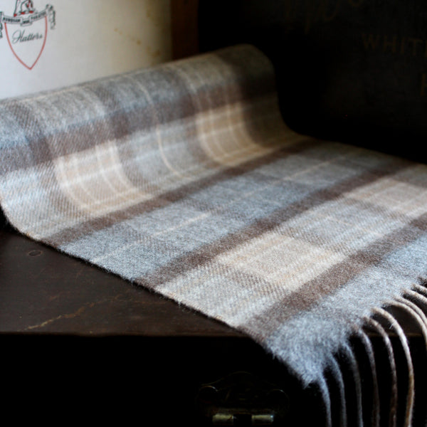 SCOTTISH CASHMERE SCARF - PALE CREAM TARTAN - 1