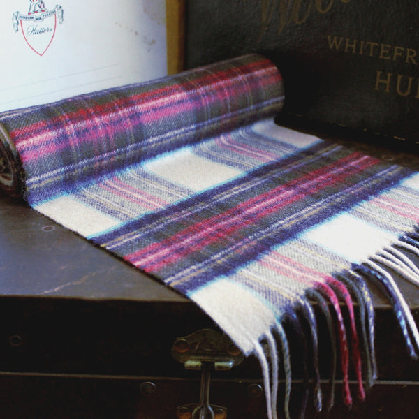 Scottish cashmere - cream berry check - PIC MEN