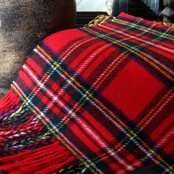 ROYAL STEWART TARTAN - ENGLISH SCARF