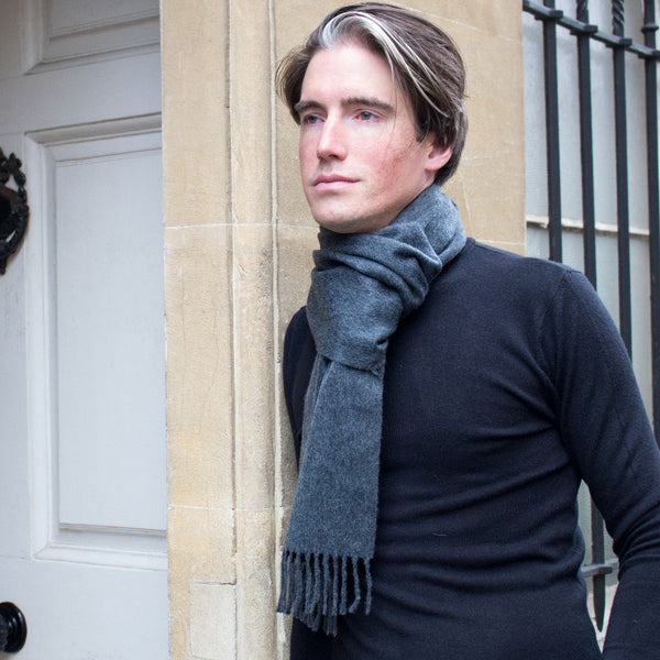 MEN'S BRITISH CASHMERE SCARF - CHARCOAL GREY