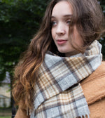 PALE CREAM CHECK - ENGLISH SCARF