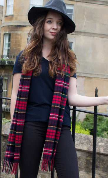 Scottish cashmere scarf - navy and red tartan