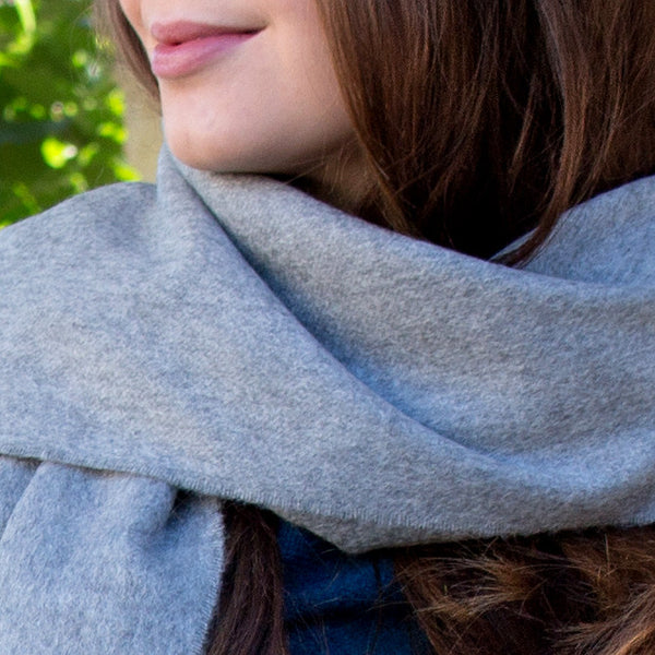 SCOTTISH CASHMERE SCARF - SILVER GREY - PIC WOMEN