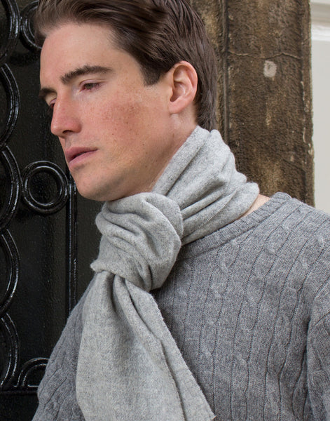 MEN'S PLAIN SILVER - ENGLISH SCARF