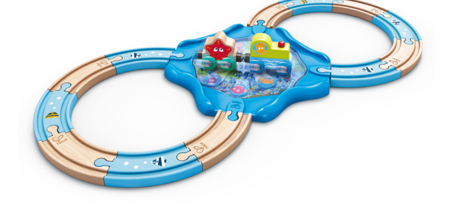 Hape Undersea Figure 8 Set