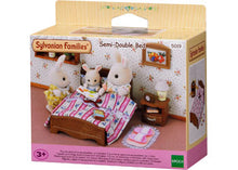 Load image into Gallery viewer, Sylvanian Families Semi-double Bed