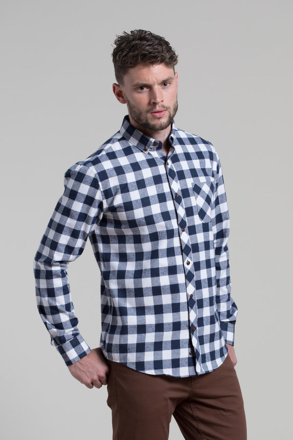 Clonmel Flannel Shirt in Navy / White