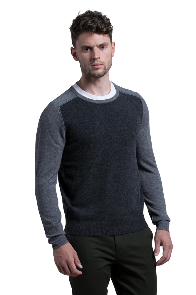 Crewneck Sweater with Contrast sleeves in Charcoal / Granite
