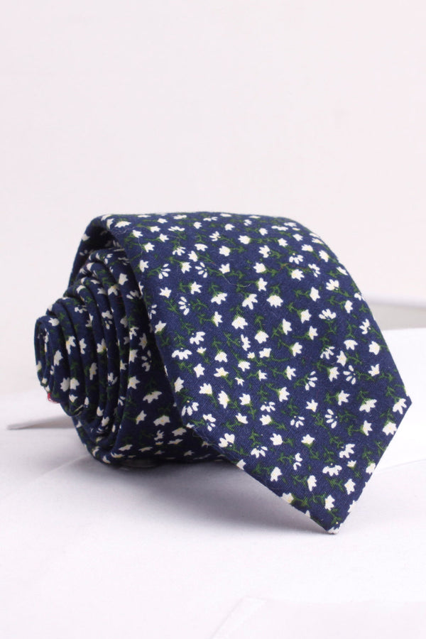 Small Jasmine Flower Woven Tie in Navy