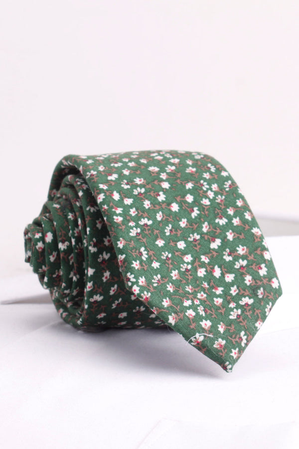 Small Jasmine Flower Woven Tie in Green