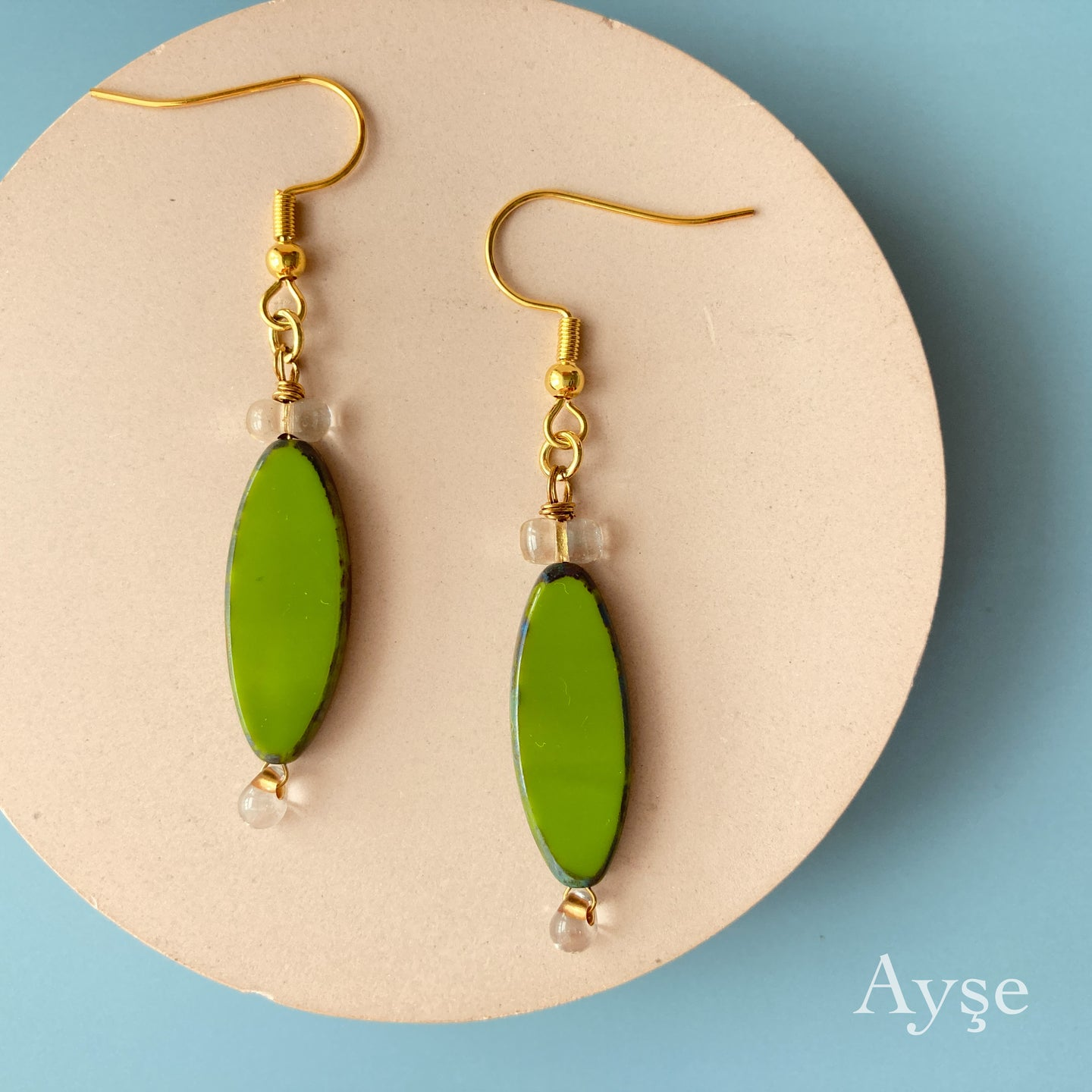 Oval Pierce / Earring (Green)