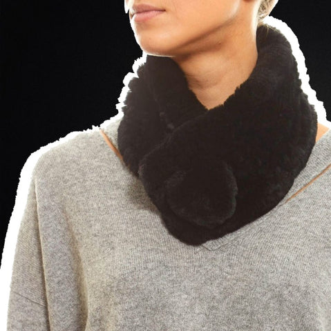 black bobble scarf