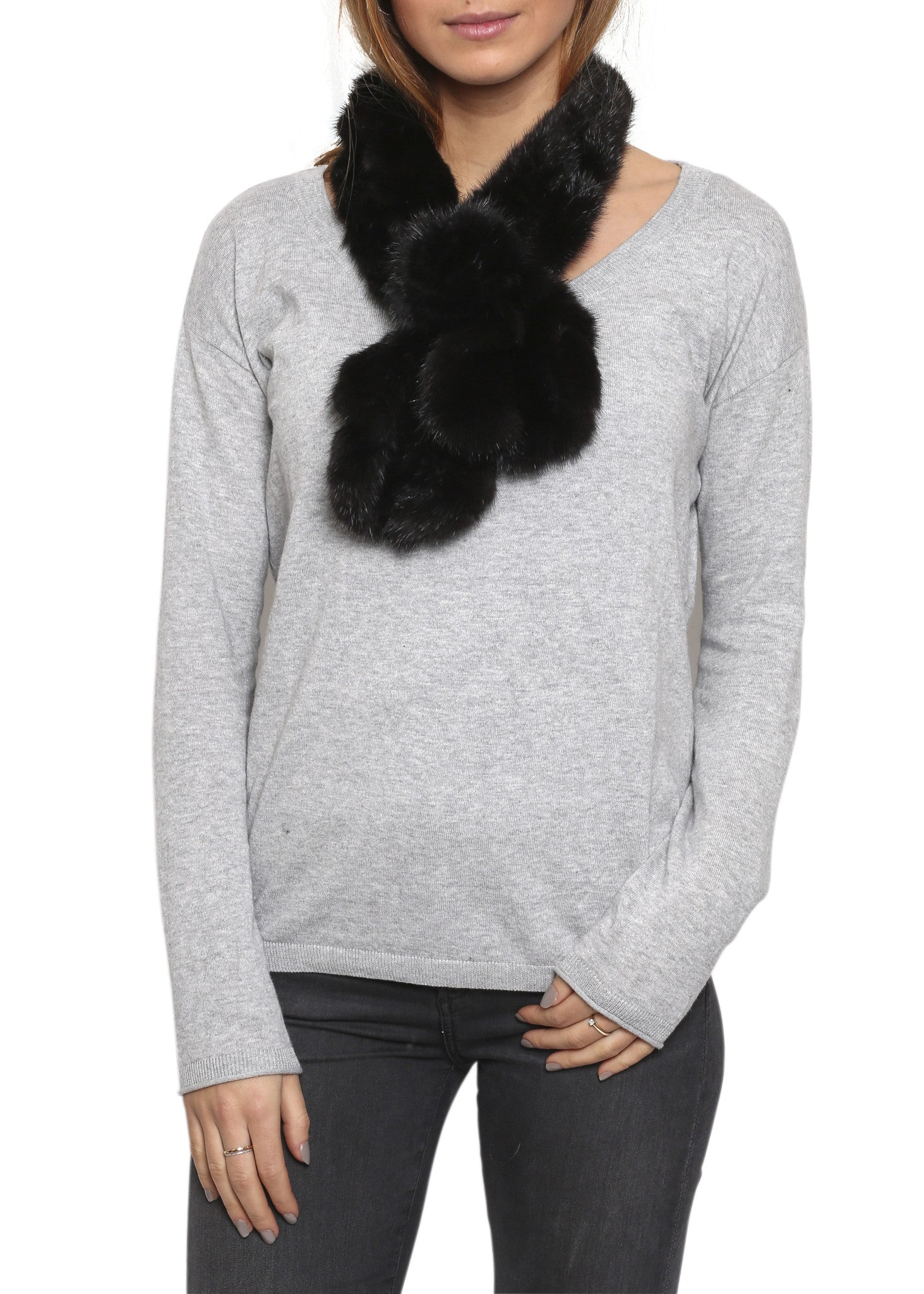 Jessimara Black Knitted Mink Rose Scarf