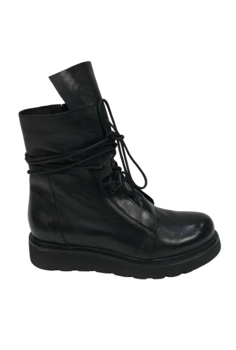 'Ric' Black Leather Lace Up Shiny Boots