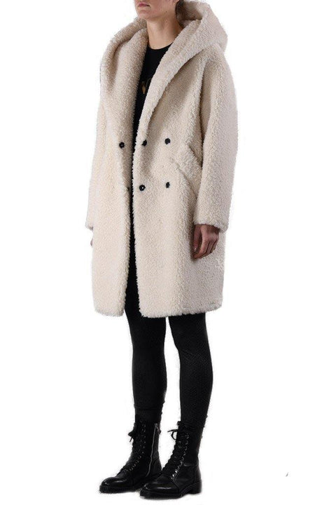 'Carry' Snow White Teddy Faux Fur Coat