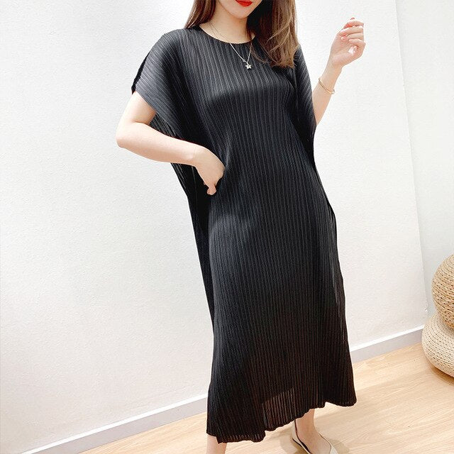Round Neck Elastic Miyake Pleated Casual Dresses