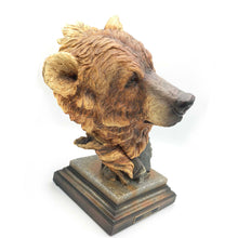 "Load image into Gallery viewer, Sculpture ""Timberline"" – Brown Bear"