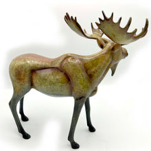 "Load image into Gallery viewer, Sculpture ""August"" – Large Moose"
