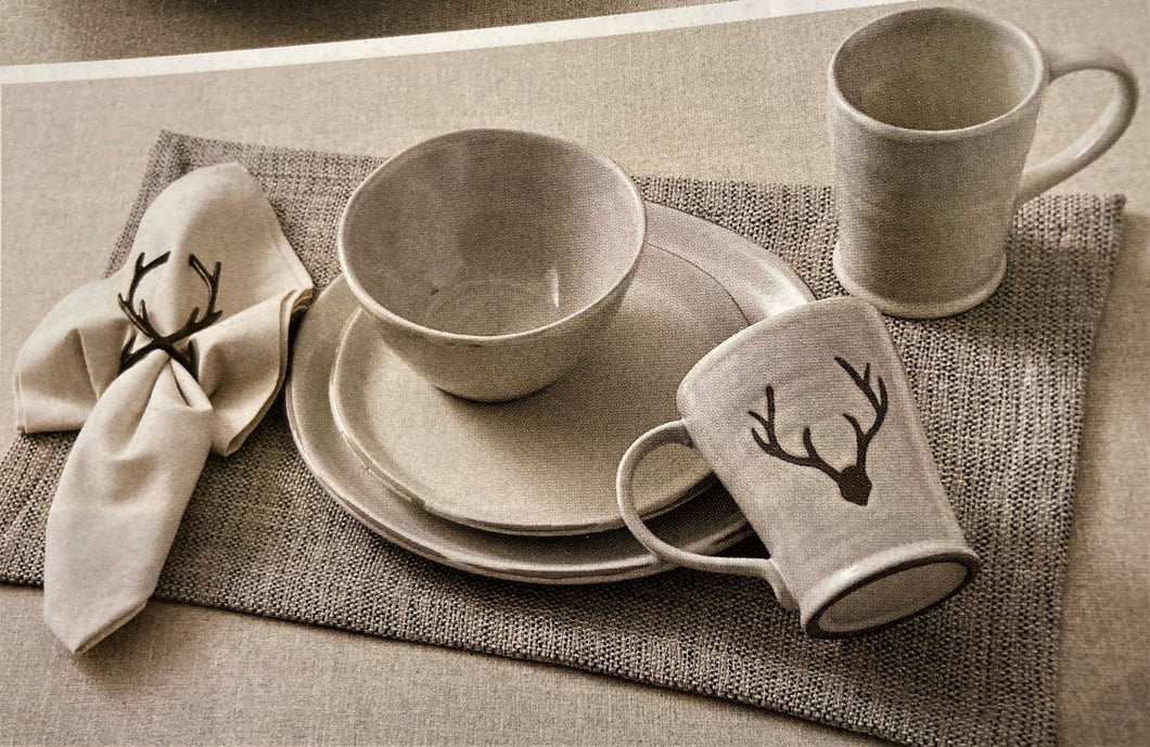 Logan Dinnerware