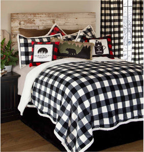 Lumberjack-Black and White bedspread  (4 piece set)