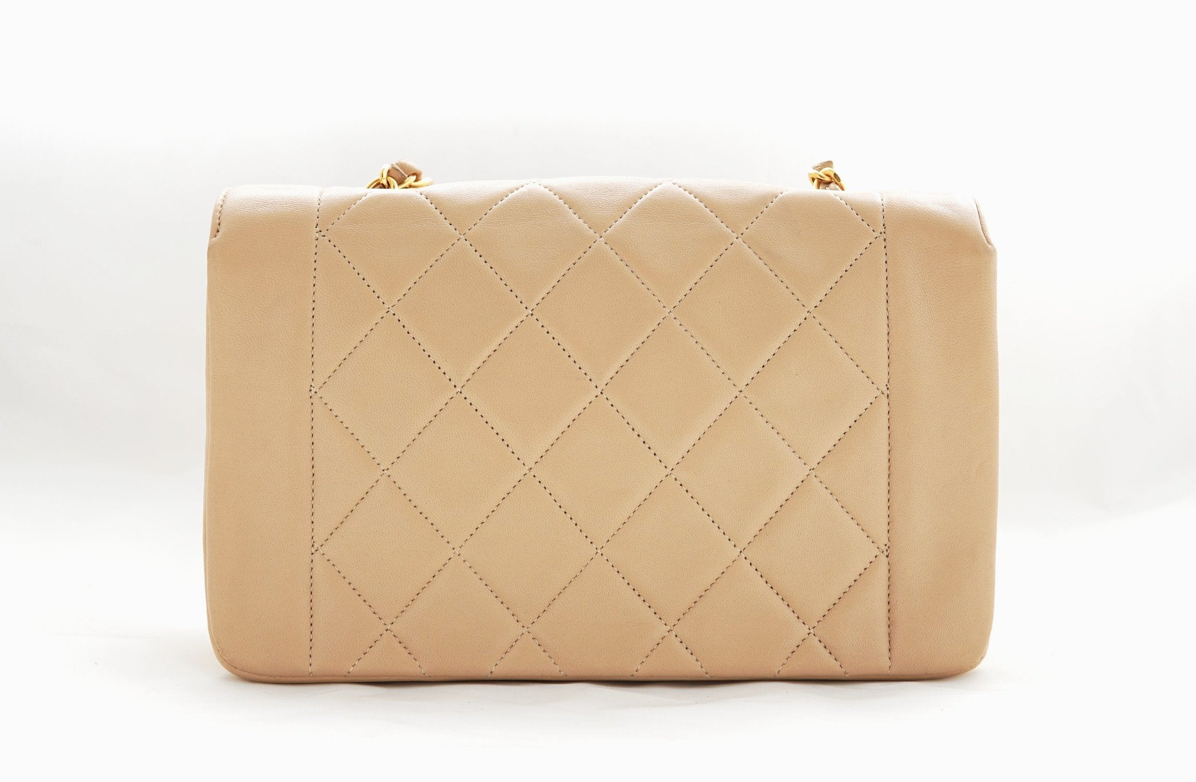 cdd55329794d CHANEL VINTAGE DIANA FLAP BAG - Quilted Lambskin in Beige