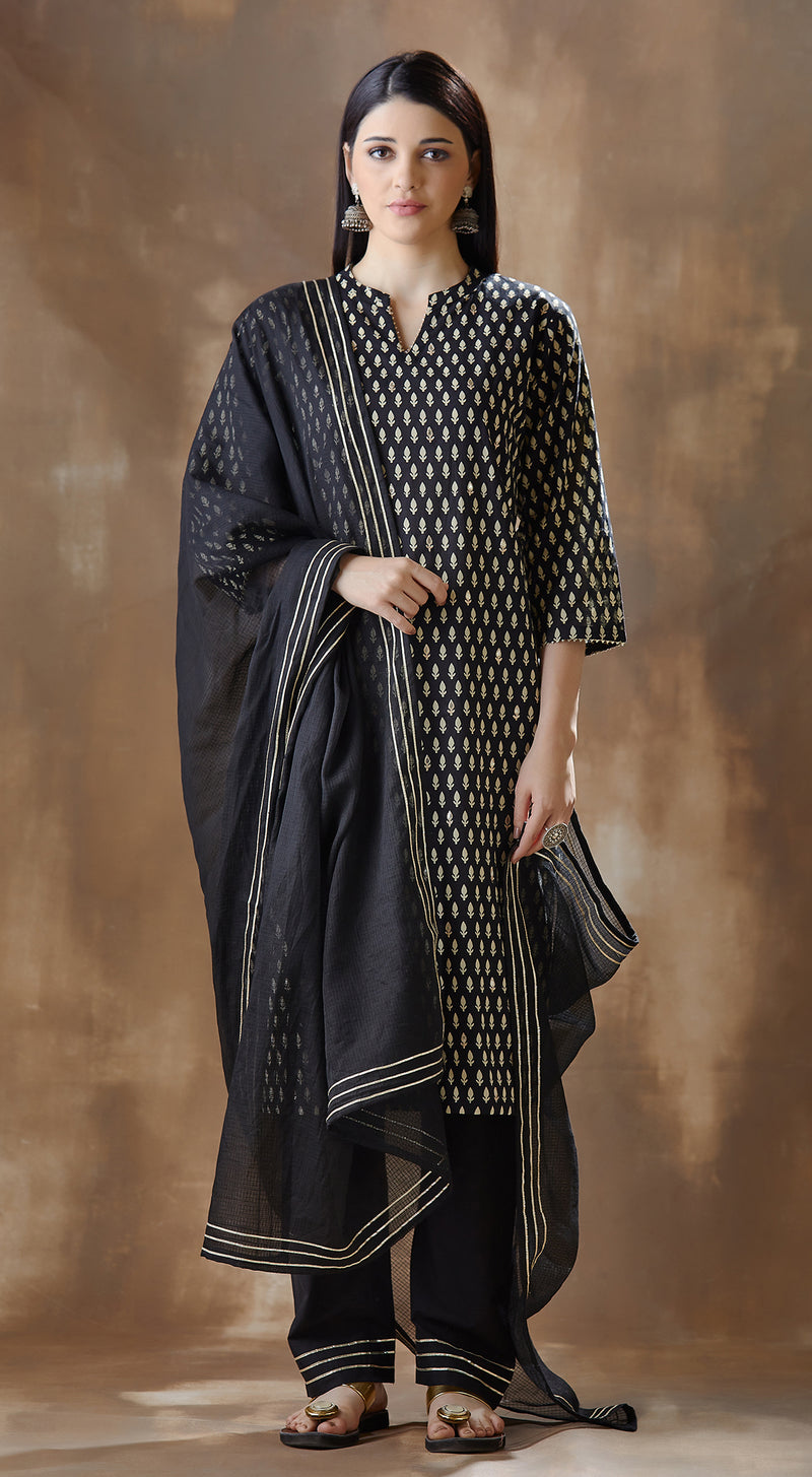 Easy brezzy printed embroidered suit - Black