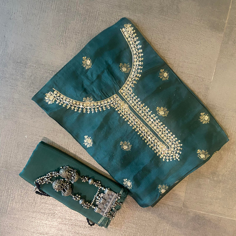 Green Banarsi Kurta Set with Complimenting Yellow Banarasi Weave Dupatta