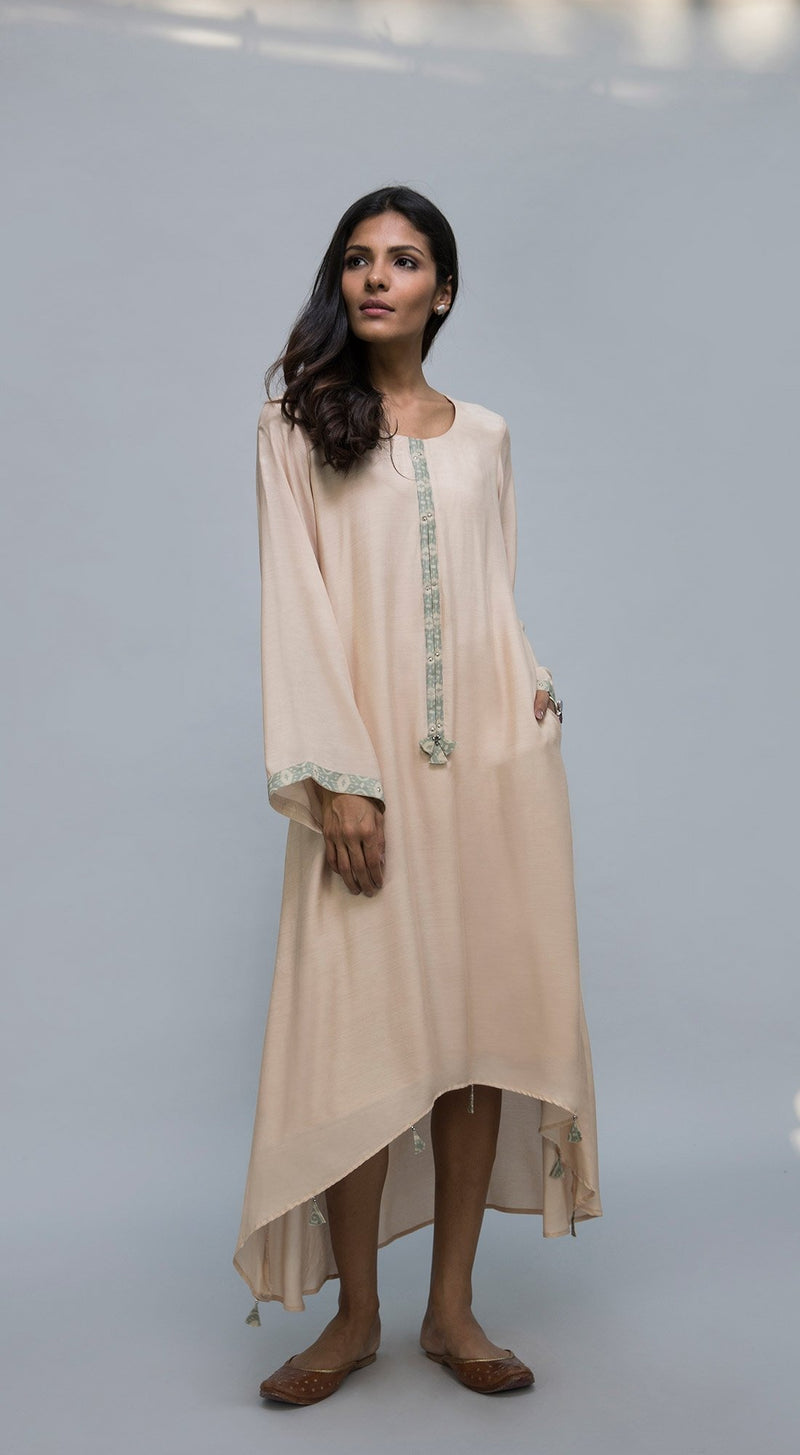 Long piping with tassel detailed tunic
