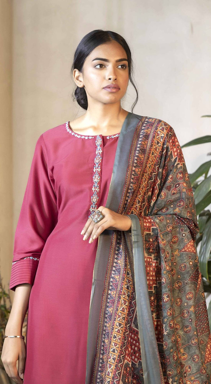 Solid color kurta with bead emb and printed dupatta