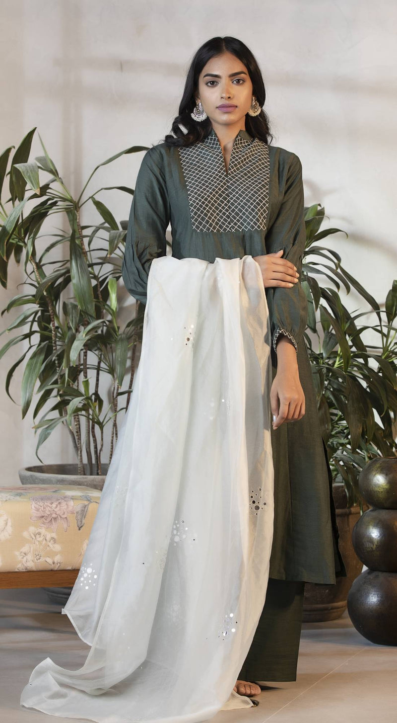 A-line kurta with flared sleeves
