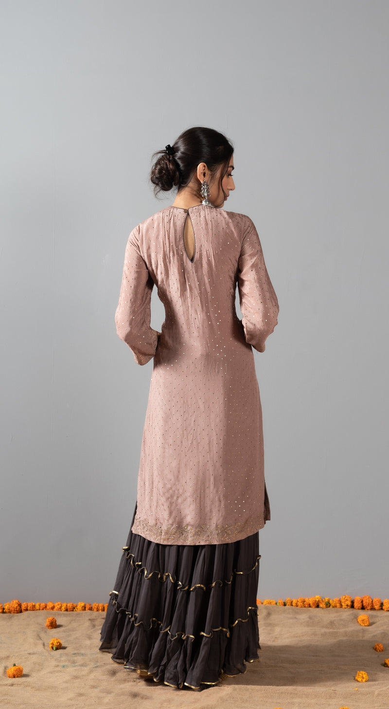 Mukeish kurta with mukeish chetha dupatta and gota patti sharara