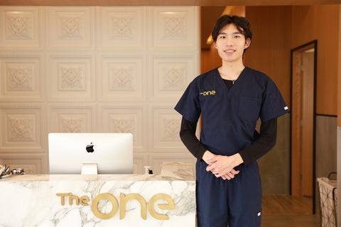 The One Skin Clinic Counter and Man Without Acne