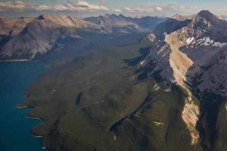 Unique Gift: Helicopter Tour over Lake Minnewanka