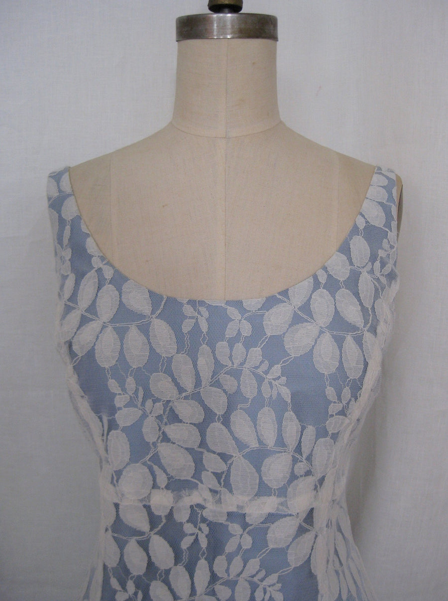 Lace Ballet Scoopneck Tea-Length Dress, size Small
