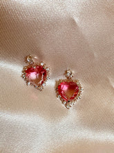 Load image into Gallery viewer, Princess Heart Earrings