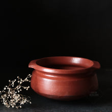 Load image into Gallery viewer, Clay Curry Pot from Green Heirloom