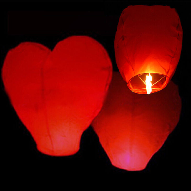 Flying Heart-Shaped Wish Lantern