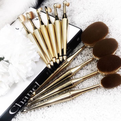 10 Piece Metallic Oval Brush Set