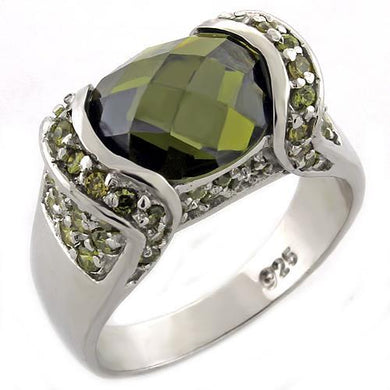 LOAS1016 - High-Polished 925 Sterling Silver Ring with AAA Grade CZ  in Peridot