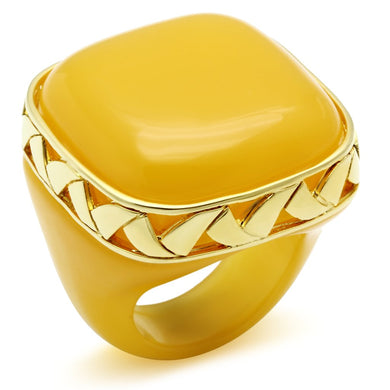 VL014 - IP Gold(Ion Plating) Brass Ring with Synthetic Synthetic Stone in Topaz