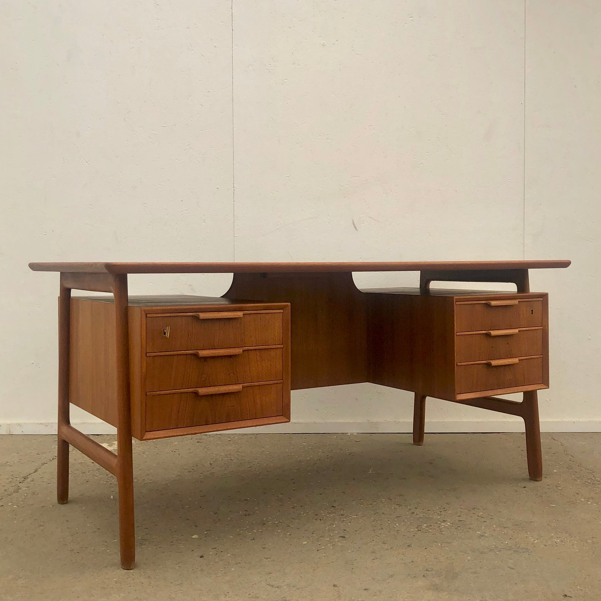 Danish desk by Gunni Omann for Omann Jun Møbelfabrik, 1960s
