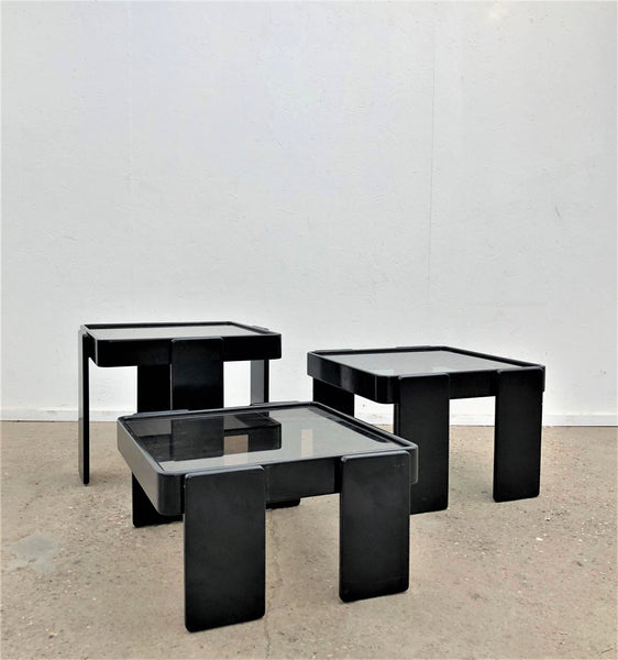 Vintage Cassina nesting tables, Italy 1960s