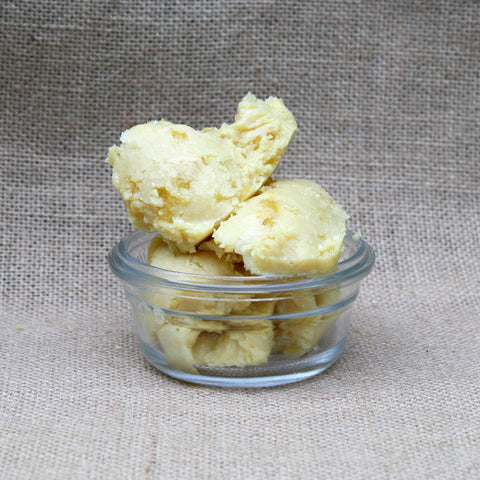 Tucuma Butter -  Vegetable silicone, hair care, antioxidant.