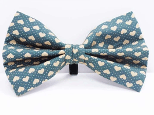 Mabel & Mu - Love Me Green Bow Tie (Large)